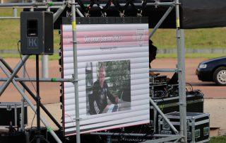 Erklärt per LED-Wall die neuen Regelauslegungen: DFB-Schiri-Funktionär Lutz Wagner #SchiriSaisonStart21